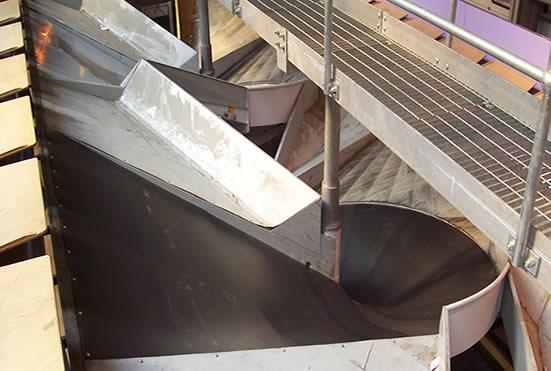 футеровка спуска мешков цемента