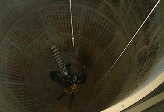 Бункер песка до установки комплектов футеровки Tivar 88