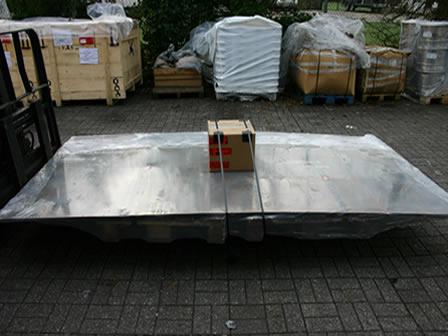 Упакованные изнашиваемые листы DURMAT CP 960, готовые к отгрузке