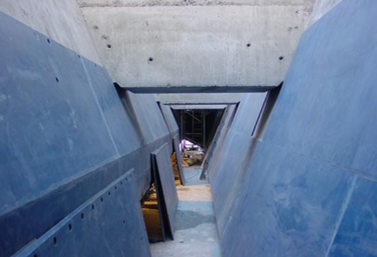 Пример футеровки бетонного бункера материалами Tivar 88