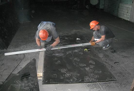 Подготовка футеровочных листов Tivar для монтажа